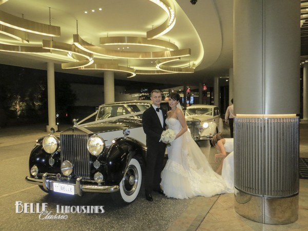 luxury wedding limos