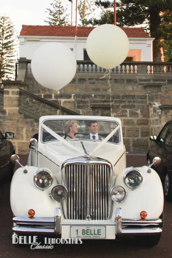 Wedding car decorations belle classic wedding cars convertible wedding car junglespirit Image collections
