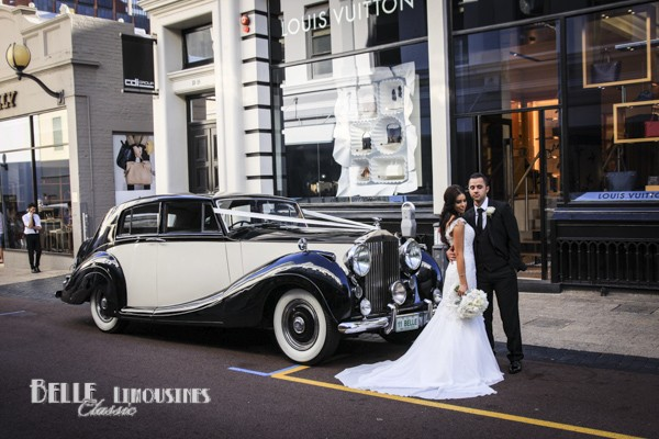 rolls royce wraith wedding car