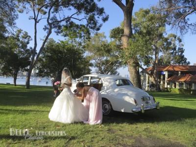 luxury wedding limos