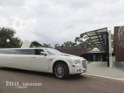 white chrysler limos
